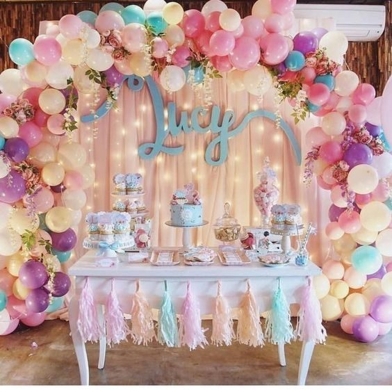 A light colors birthday party design - SupermomGlobal