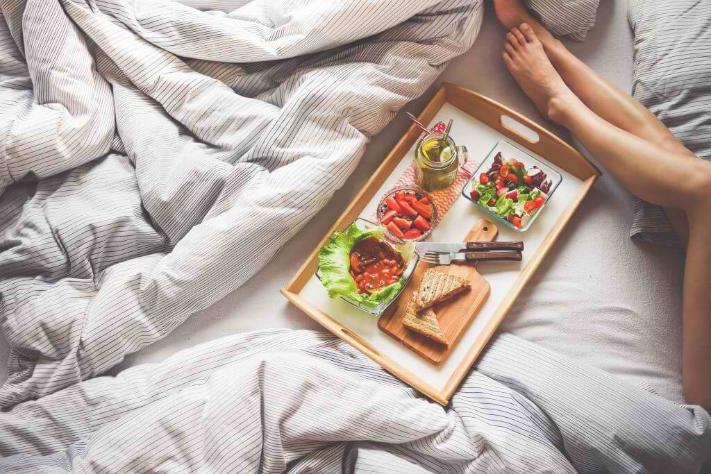 Food placed on the bed - New Moms Asia SuperMomGlobal