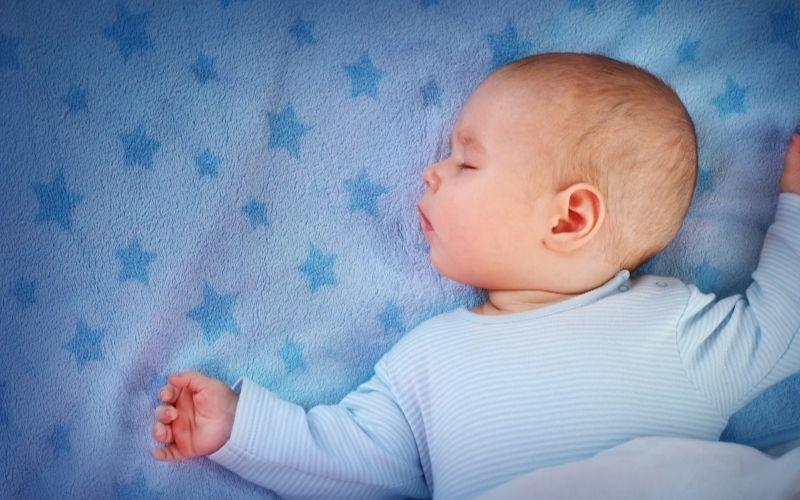 Baby Sleep Tips – Feeding During The Day - SupermomGlobal