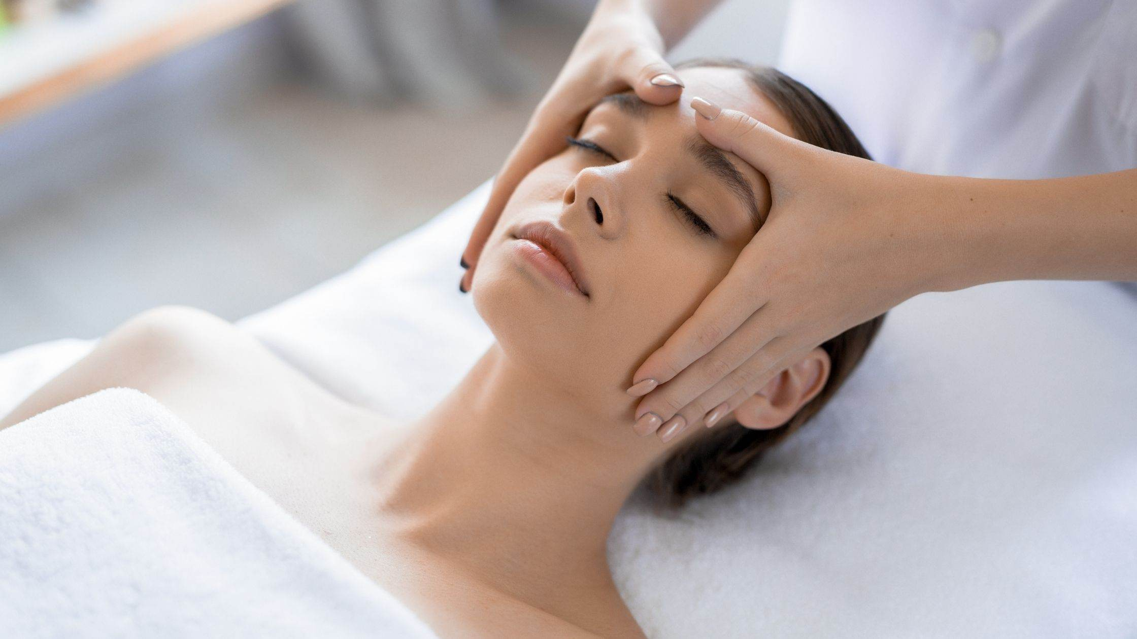 Massaging your Skin - SupermomGlobal