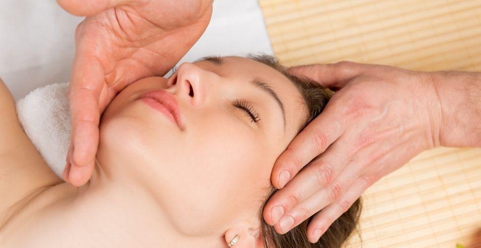 Stroking Massage - SupermomGlobal